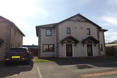 3 Bedrooms Semi Detached House for rent in Lintrathen Court, Central Dundee