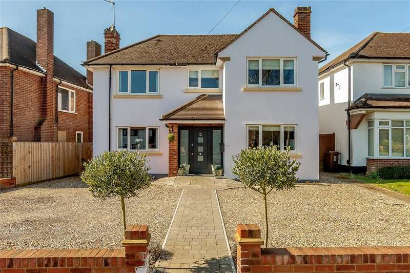 4 Bedrooms Detached House for sale in Midway, St. Albans, Hertfordshire