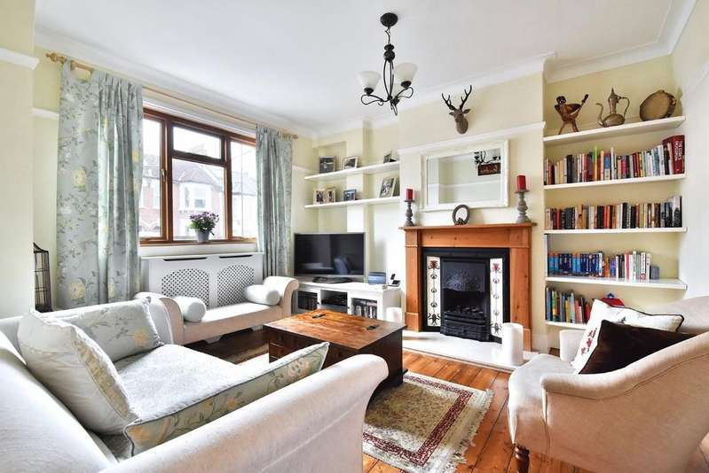 3 Bedrooms Terraced House for sale in Eddystone Road SE4