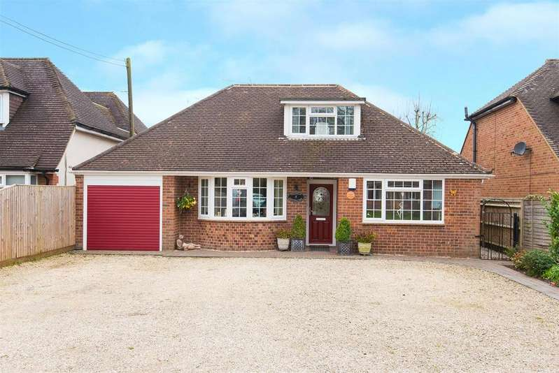 3 Bedrooms Chalet House for sale in Fennels Way, Flackwell Heath
