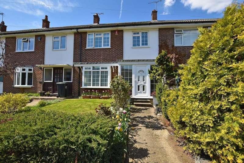 3 Bedrooms Terraced House for sale in Hornbeam Road, Buckhurst Hill
