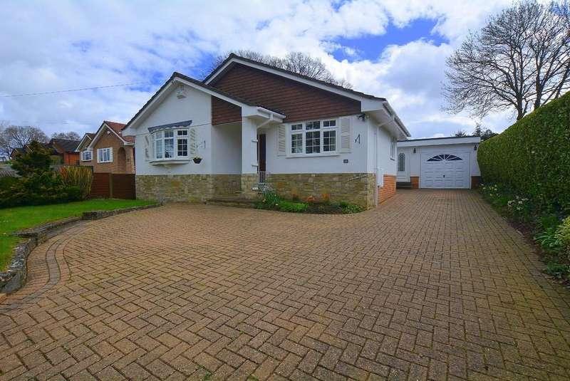3 Bedrooms Detached Bungalow for sale in Dewlands Way, Verwood