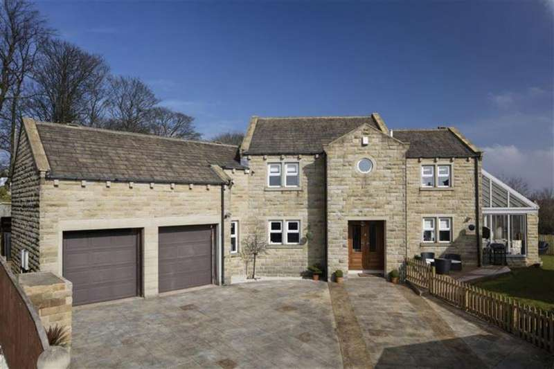 4 Bedrooms Detached House for sale in Stoneroyd Farm, Flockton, WF4