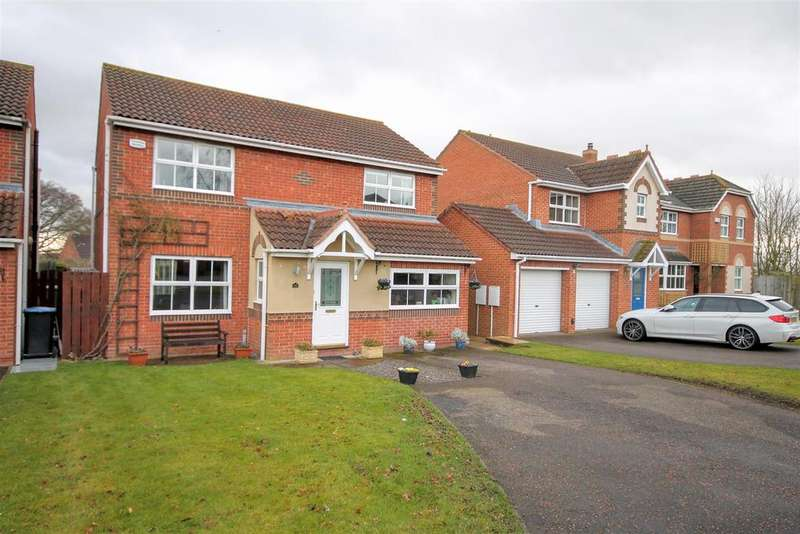 4 Bedrooms Detached House for sale in Oaklea Mews, Aycliffe Village