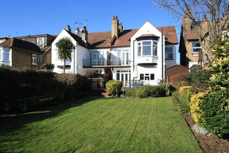 4 Bedrooms House for sale in Crowstone Avenue, Chalkwell