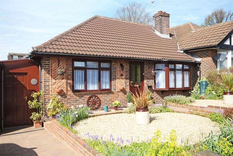 2 Bedrooms Semi Detached Bungalow for sale in Sunnydale Close, Patcham, Brighton