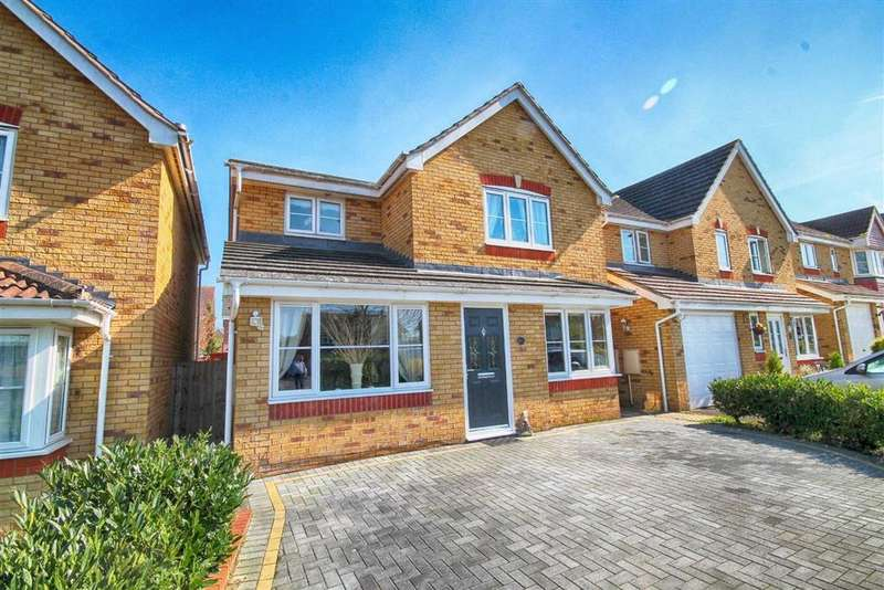 3 Bedrooms Detached House for sale in Springbank Road, Springbank, Cheltenham, GL51