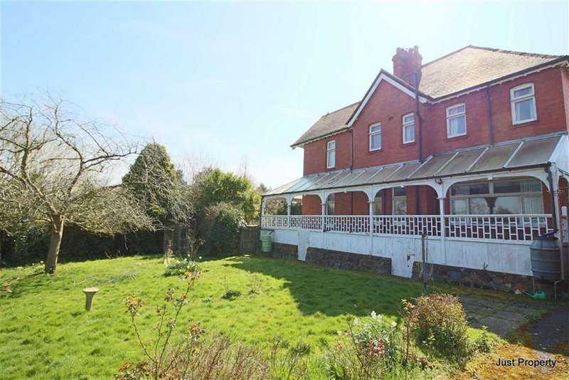 4 Bedrooms Detached House for sale in Amherst Road, Hastings