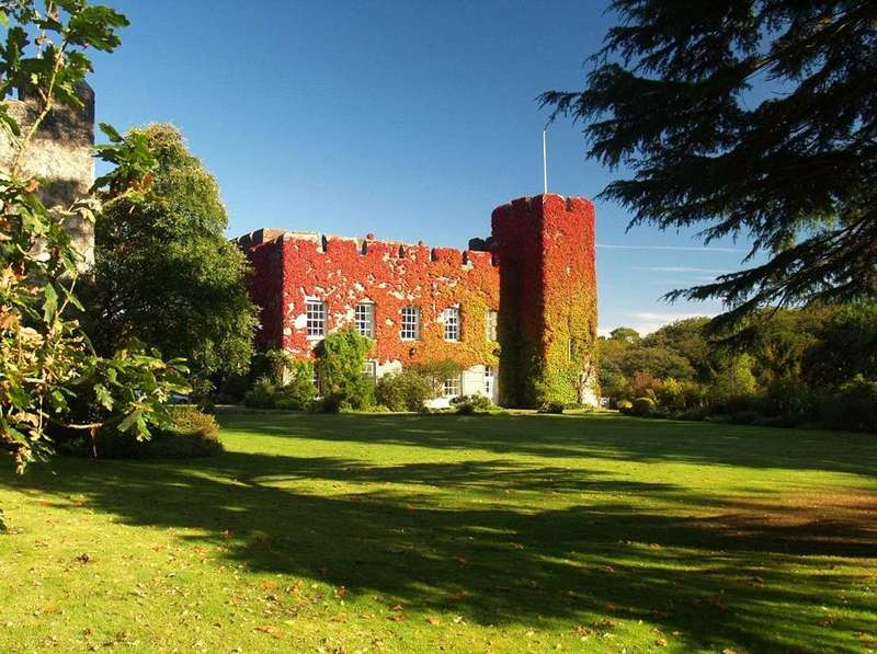 8 Bedrooms Farm Commercial for sale in The Fonmon Estate Lot 1, Vale Of Glamorgan, Wales, CF62