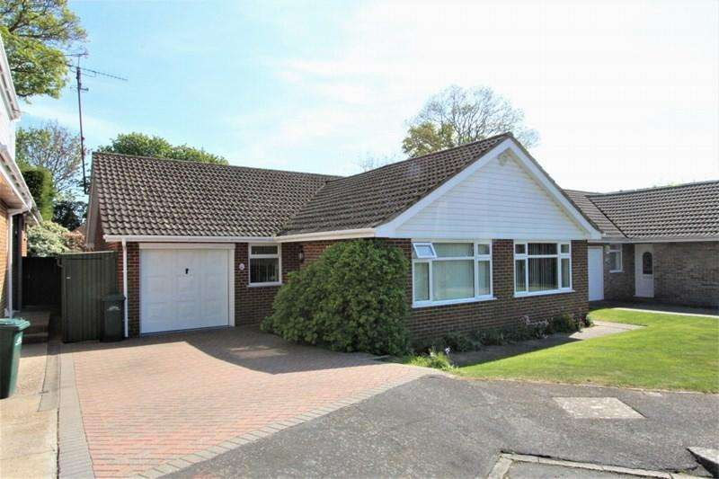 3 Bedrooms Detached Bungalow for sale in Fairlie Gardens, Brighton