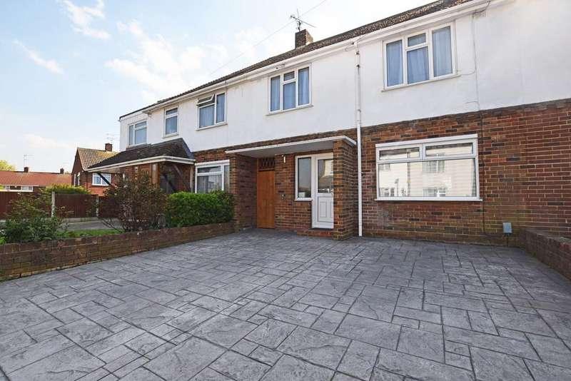3 Bedrooms Terraced House for sale in William Street, Rainham, Gillingham, ME8