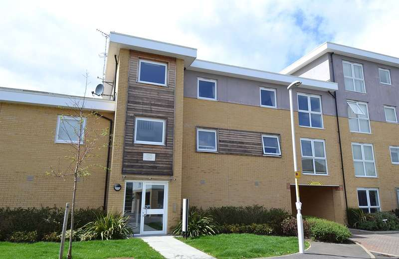 2 Bedrooms Flat for sale in Olympia Way, South Tankerton, Whitstable
