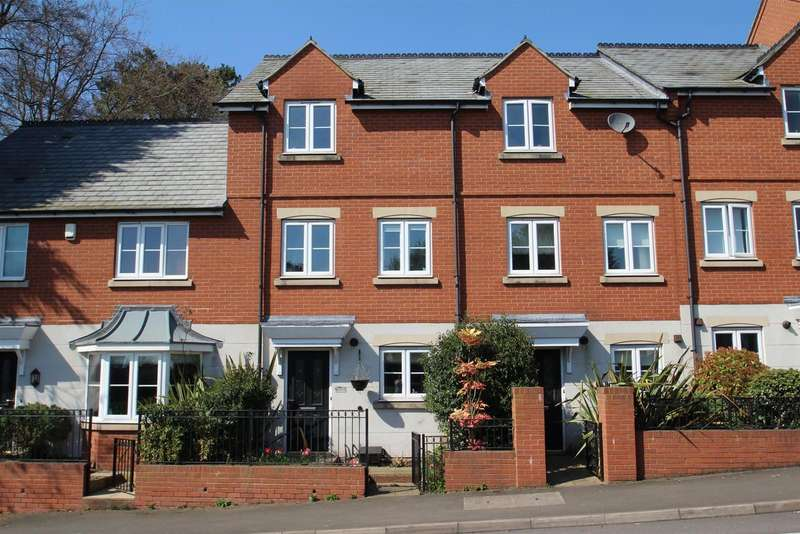 3 Bedrooms Property for sale in Hallfields Lane, Rothley, Leicester