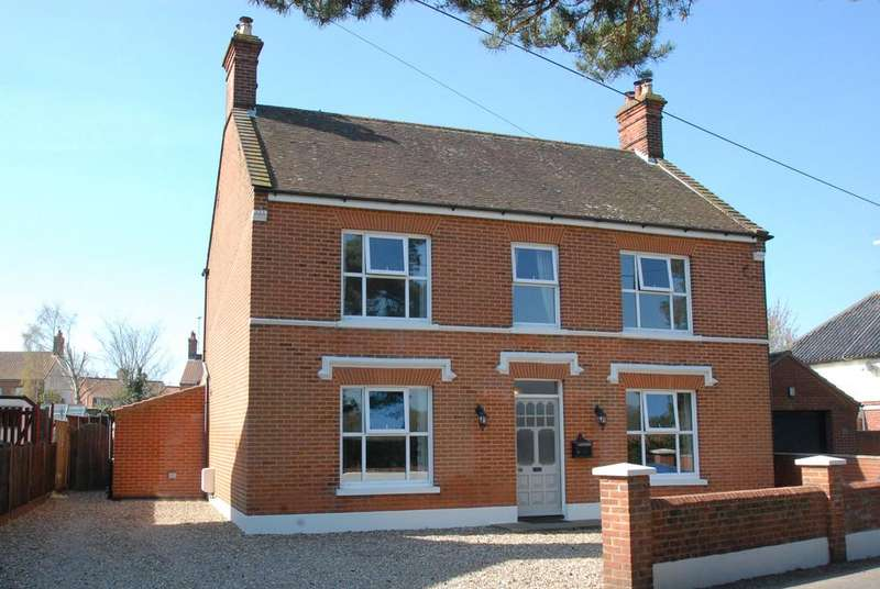 6 Bedrooms Detached House for sale in Station Road, North Walsham
