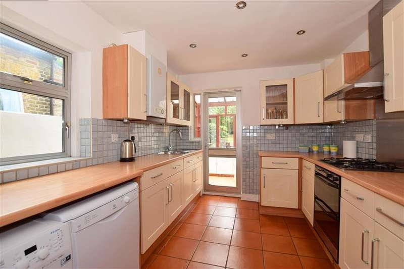 2 Bedrooms Terraced House for sale in West Grove, Woodford Green, Essex