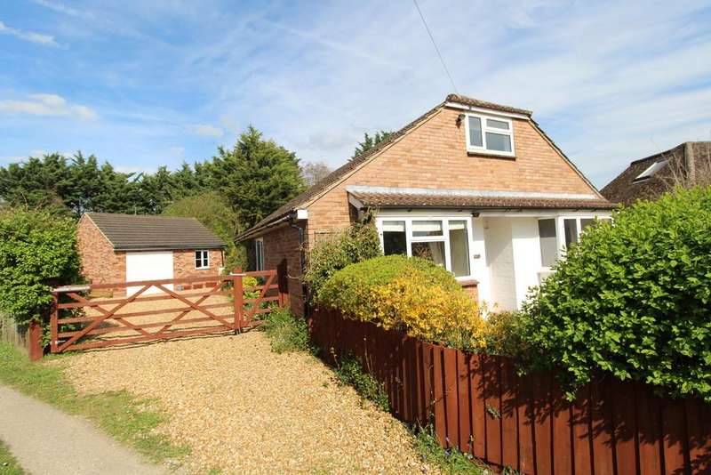 4 Bedrooms Detached Bungalow for sale in Folly Road, Mildenhall, Bury St. Edmunds