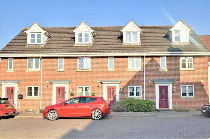 3 Bedrooms Terraced House for sale in Rowan Way
