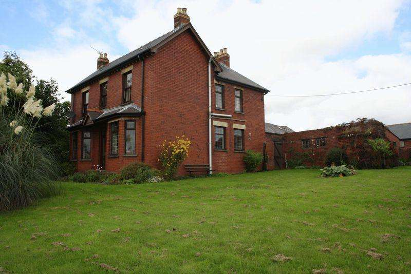 4 Bedrooms House for sale in Cefn Perthy Farmhouse, Coed Eva, Cwmbran