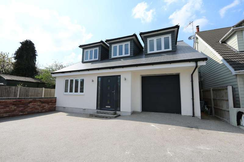 5 Bedrooms Detached House for sale in Woodfield Road, Hadleigh SS7
