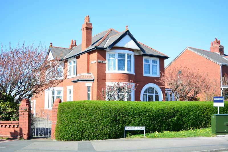 6 Bedrooms Detached House for sale in Talbot Road, Blackpool, FY3 7AS
