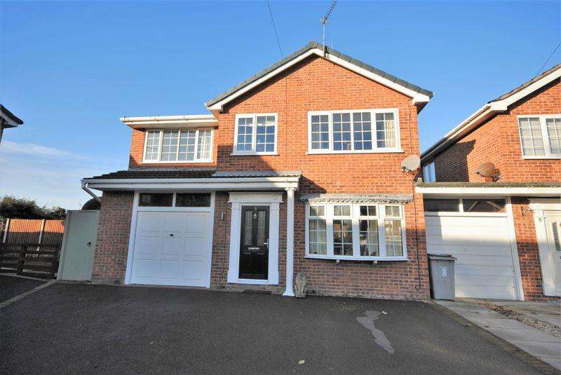 4 Bedrooms Detached House for sale in Henderson Close, Saughall Massie