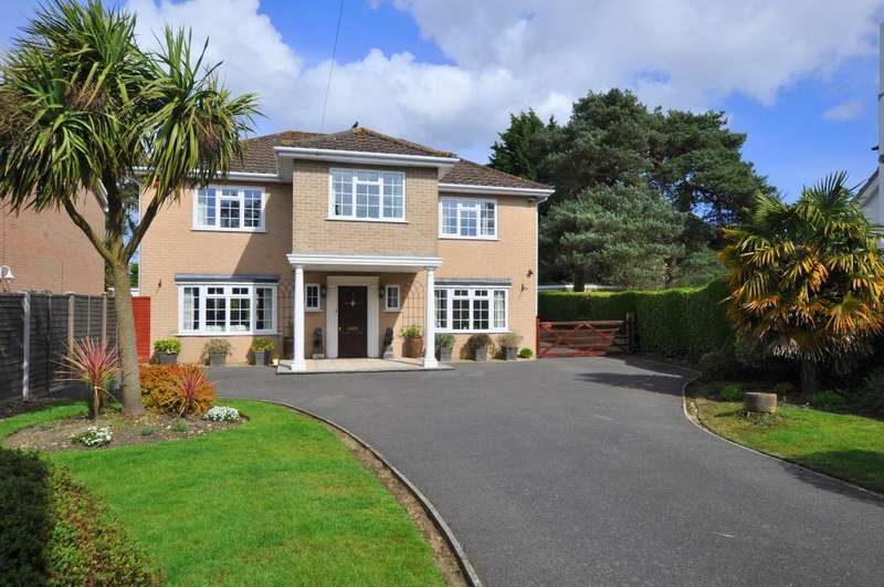 4 Bedrooms Detached House for sale in Ringwood, BH24 2PQ