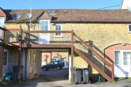 Property for sale in 7 MILL STREET CLOSE WINCANTON BA9 9AL
