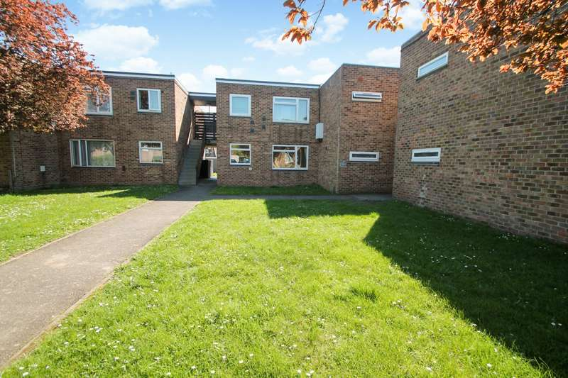 1 Bedroom Maisonette Flat for sale in Whitley Close, Stanwell, TW19