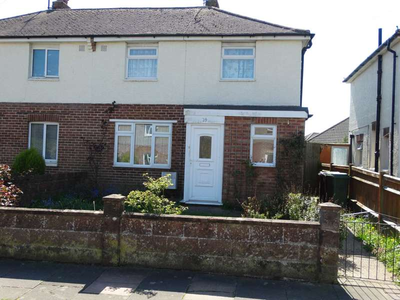 3 Bedrooms Semi Detached House for sale in Knoll Crescent, Eastbourne