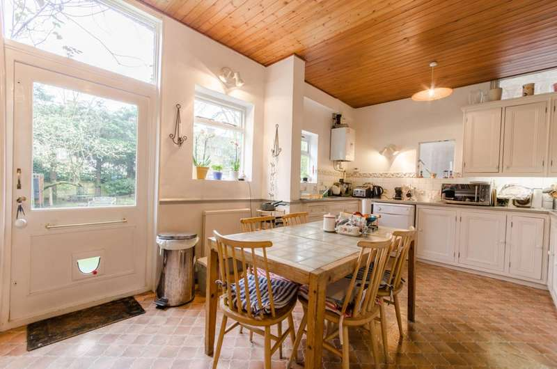 6 Bedrooms House for sale in Torrington Park, North Finchley, N12