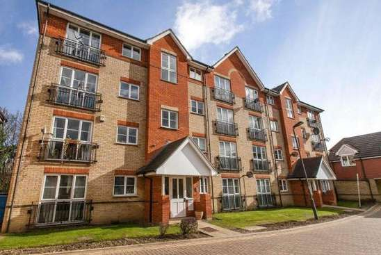 2 Bedrooms Flat for sale in Joseph Hardcastle Close, London, SE14