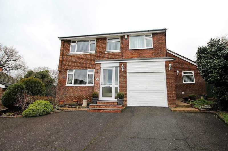 4 Bedrooms Detached House for sale in Bluestone Close, St Leonards On Sea