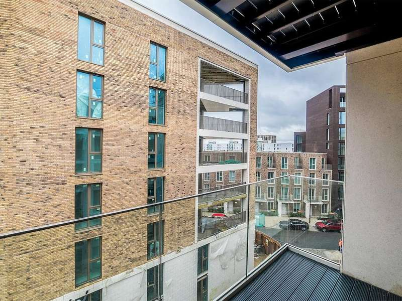 2 Bedrooms Apartment Flat for sale in Silvertown E16