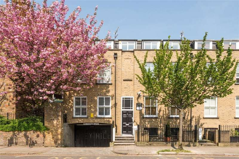 2 Bedrooms Flat for sale in Barnsbury Street, Islington, London