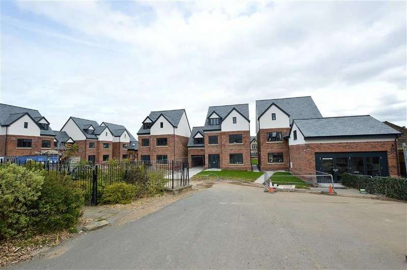 5 Bedrooms Detached House for sale in Vyner Croft, Prenton, CH43