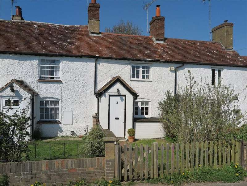 2 Bedrooms Terraced House for sale in Southview Cottages, Bentley, Farnham, Surrey, GU10