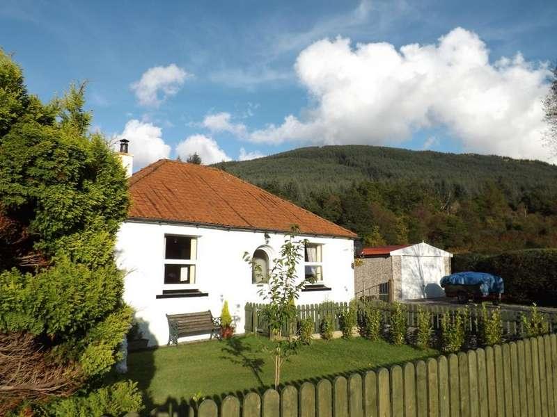 2 Bedrooms Cottage House for sale in Alderburn Cottage Main Rd, Glenbranter, PA27 8DH