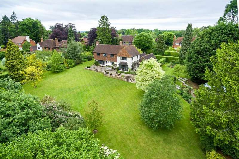 5 Bedrooms Detached House for sale in Snowdenham Links Road, Bramley, Guildford, Surrey