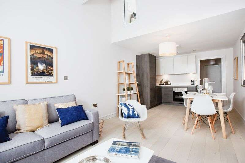 1 Bedroom Property for sale in Finchley Mews, Hutton Grove, Finchley, London, N12 8DT