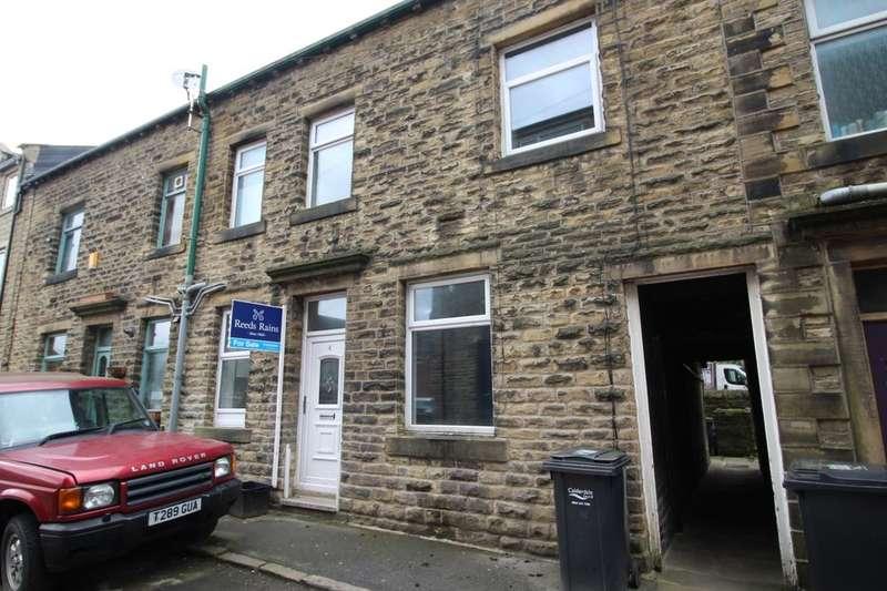 3 Bedrooms Property for sale in George Street, Hebden Bridge, HX7