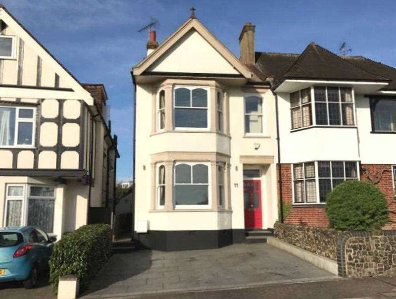 4 Bedrooms Semi Detached House for sale in Old Leigh Road, Leigh on Sea