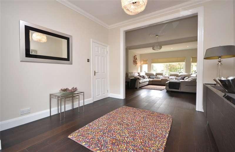4 Bedrooms Detached House for sale in Myddelton Park, Whetstone, London, N20