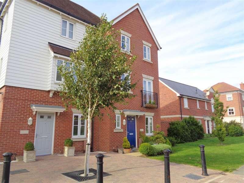 4 Bedrooms Detached House for sale in Elbridge Avenue, North Bersted