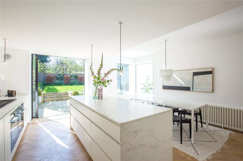 4 Bedrooms Semi Detached House for sale in Dashwood Road, Crouch End, London, N8
