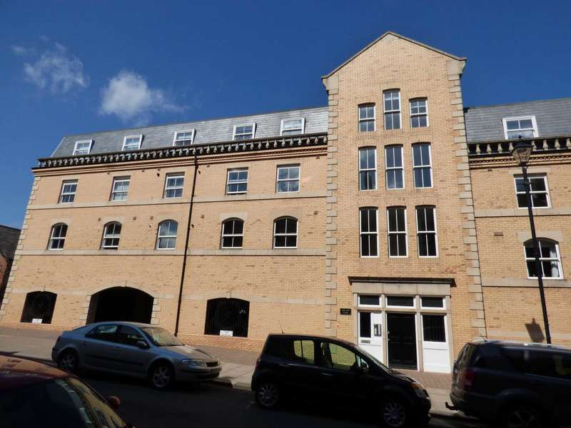 2 Bedrooms Flat for sale in Zetland Court, Saltburn By The Sea
