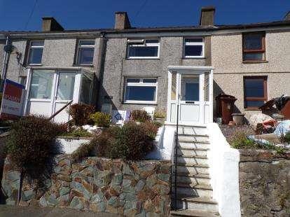 3 Bedrooms Terraced House for sale in Hyfrydle Road, Caernarfon, Gwynedd, LL54