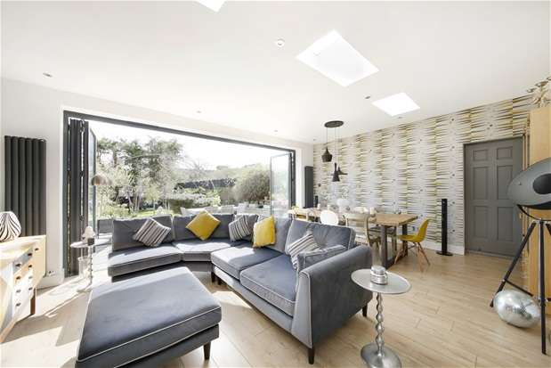 5 Bedrooms Semi Detached House for sale in Church Rise, Forest Hill
