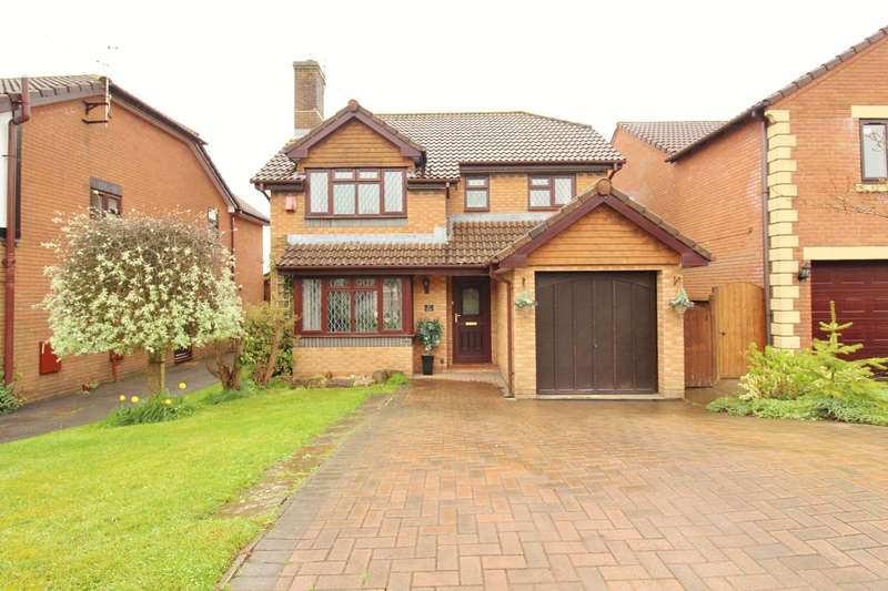 4 Bedrooms Detached House for sale in Alwyn Close, Rogerstone, Newport, NP10