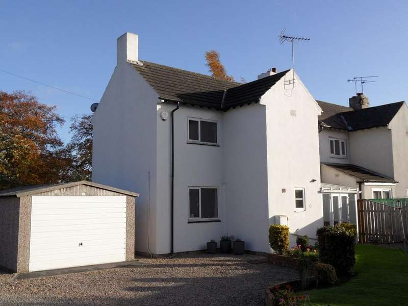 3 Bedrooms Semi Detached House for rent in 1 Micklethwaite View, Wetherby LS22 5HB