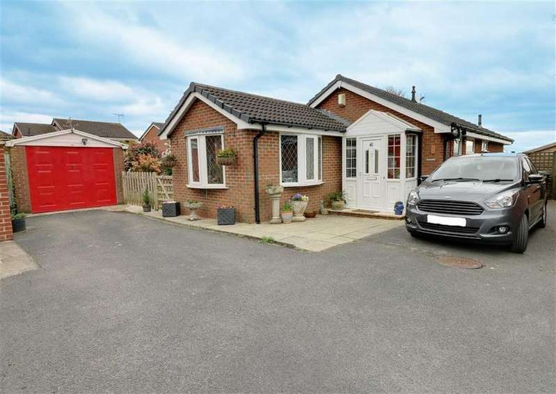2 Bedrooms Detached Bungalow for sale in Mortimer Drive, Sandbach